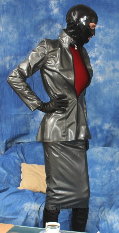 Latex Saleswoman Part 2